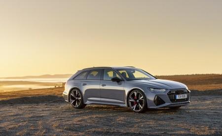 2020 Audi RS 6 Avant (UK-Spec) Front Three-Quarter Wallpapers 450x275 (60)