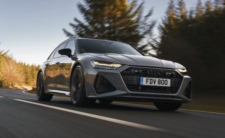 2020 Audi RS 6 Avant (UK-Spec) Front Three-Quarter Wallpapers 450x275 (14)