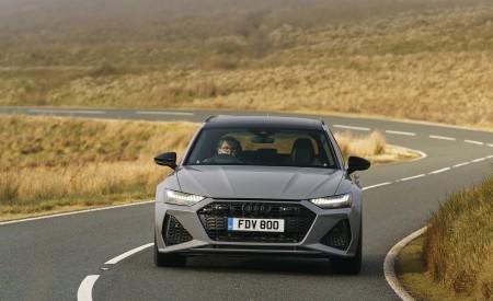 2020 Audi RS 6 Avant (UK-Spec) Front Wallpapers 450x275 (38)