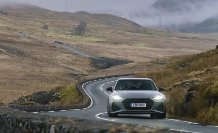 2020 Audi RS 6 Avant (UK-Spec) Front Wallpapers 450x275 (26)