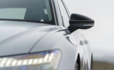 2020 Audi RS 6 Avant (UK-Spec) Headlight Wallpapers 450x275 (74)