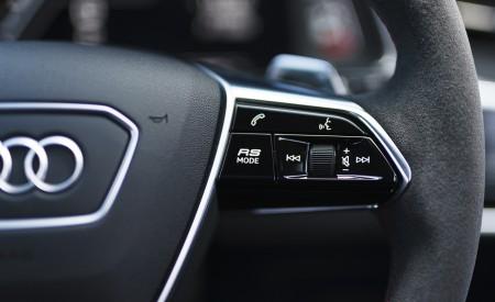 2020 Audi RS 6 Avant (UK-Spec) Interior Steering Wheel Wallpapers 450x275 (110)