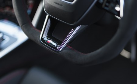 2020 Audi RS 6 Avant (UK-Spec) Interior Steering Wheel Wallpapers 450x275 (117)