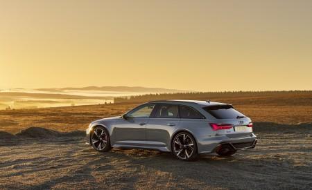2020 Audi RS 6 Avant (UK-Spec) Rear Three-Quarter Wallpapers 450x275 (63)