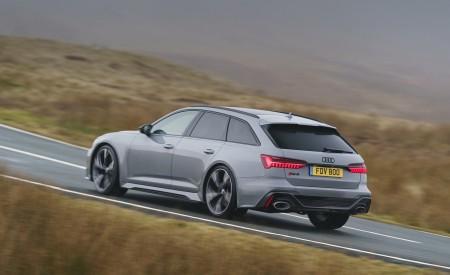 2020 Audi RS 6 Avant (UK-Spec) Rear Three-Quarter Wallpapers 450x275 (32)