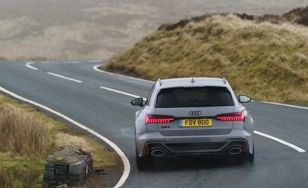 2020 Audi RS 6 Avant (UK-Spec) Rear Wallpapers 450x275 (35)