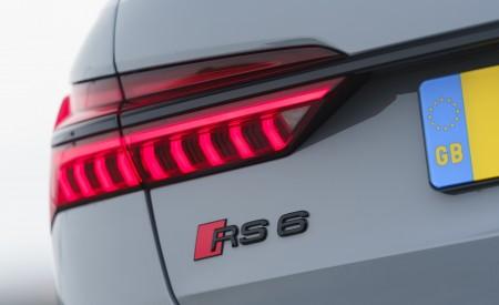 2020 Audi RS 6 Avant (UK-Spec) Tail Light Wallpapers 450x275 (98)