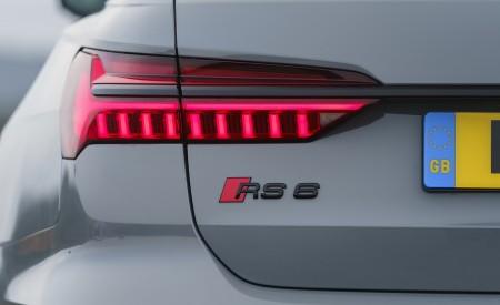 2020 Audi RS 6 Avant (UK-Spec) Tail Light Wallpapers 450x275 (97)