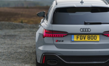 2020 Audi RS 6 Avant (UK-Spec) Tail Light Wallpapers 450x275 (95)