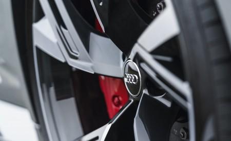 2020 Audi RS 6 Avant (UK-Spec) Wheel Wallpapers 450x275 (81)
