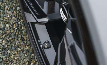 2020 Audi RS 6 Avant (UK-Spec) Wheel Wallpapers 450x275 (82)