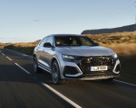 2020 Audi RS Q8 (UK-Spec) Front Three-Quarter Wallpapers 150x120 (3)