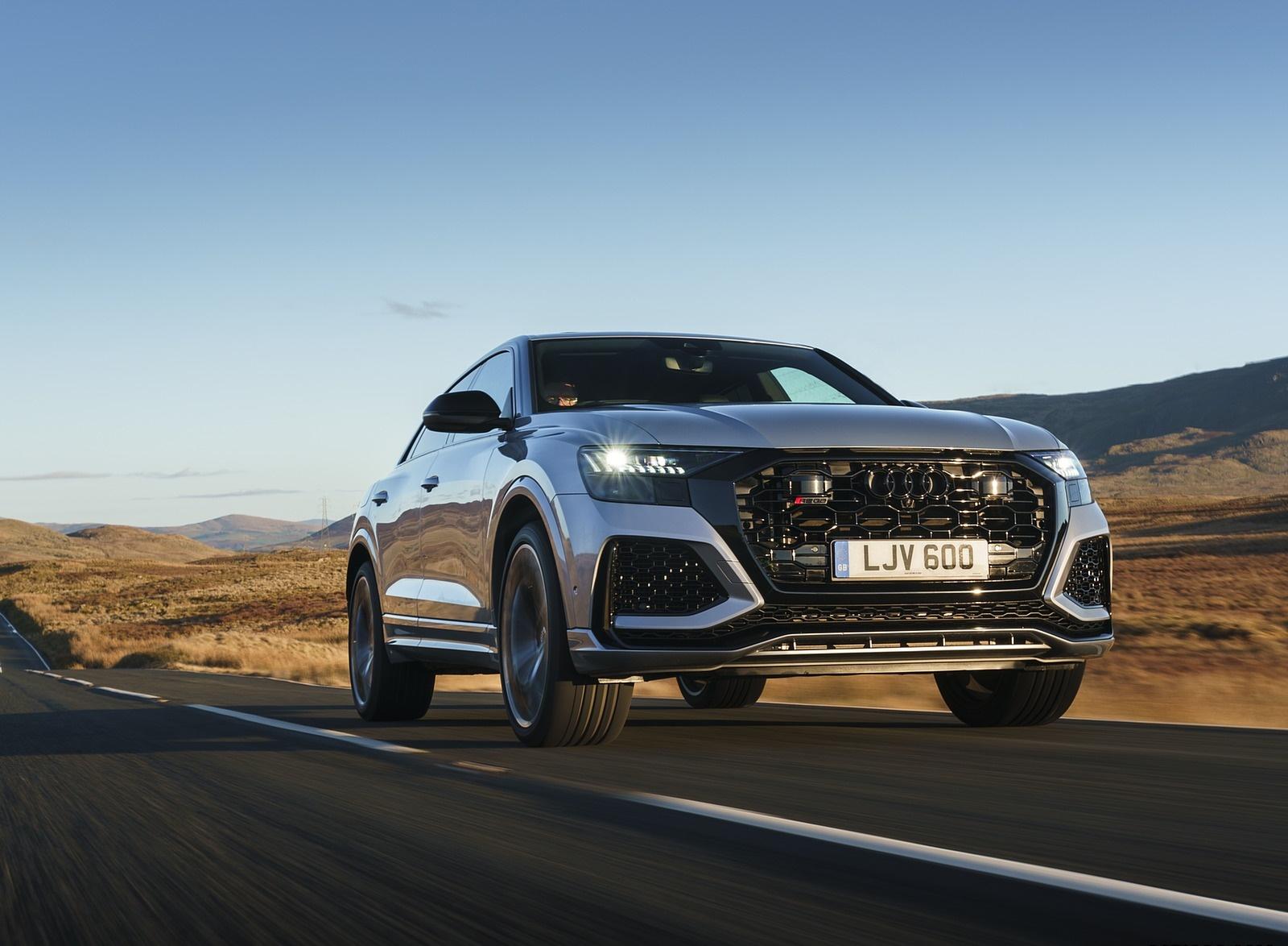 2020 Audi RS Q8 (UK-Spec) Front Three-Quarter Wallpapers (1)