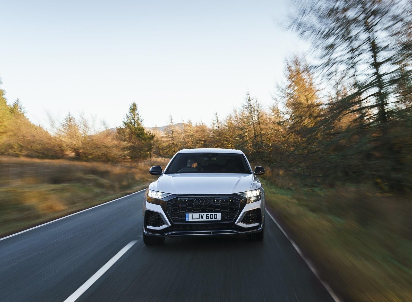 2020 Audi RS Q8 (UK-Spec) Front Wallpapers (5)