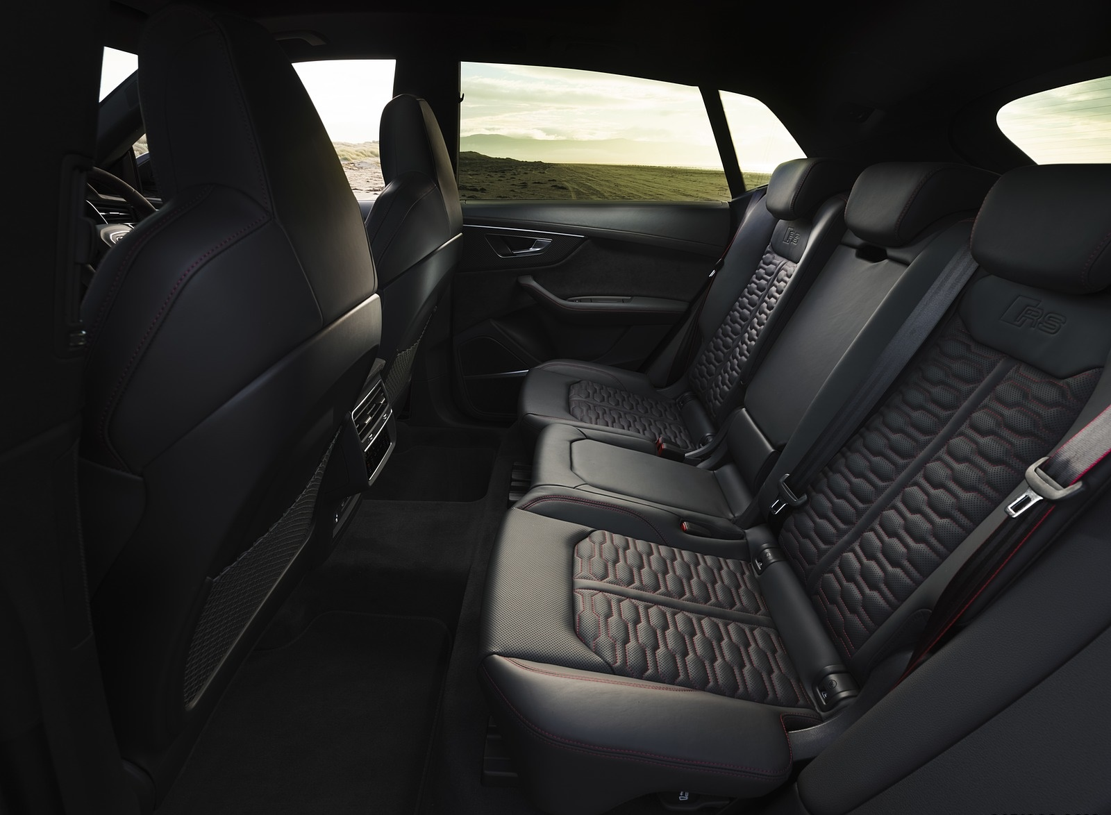 2020 Audi Rs Q8 Uk Spec Interior Rear Seats Wallpapers 87 Newcarcars