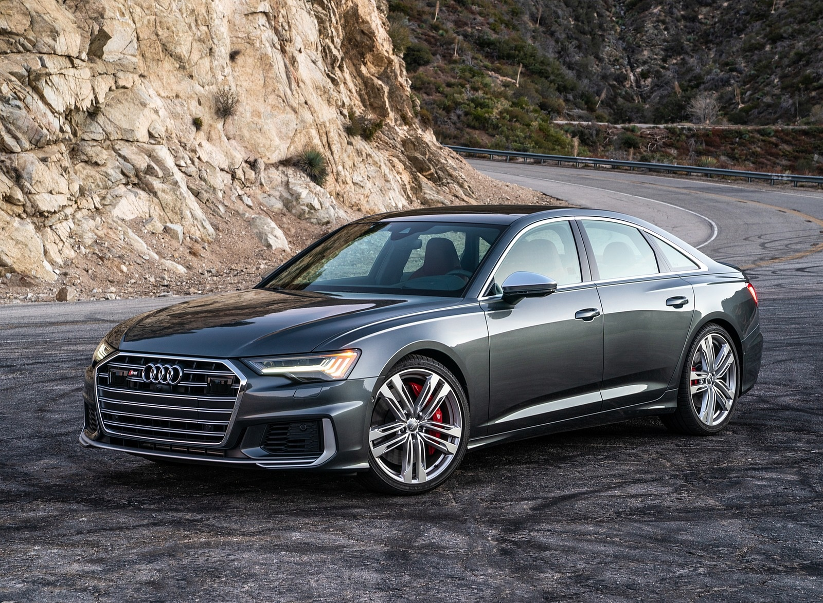 2020 Audi S6 (US-Spec) Front Three-Quarter Wallpapers (8)