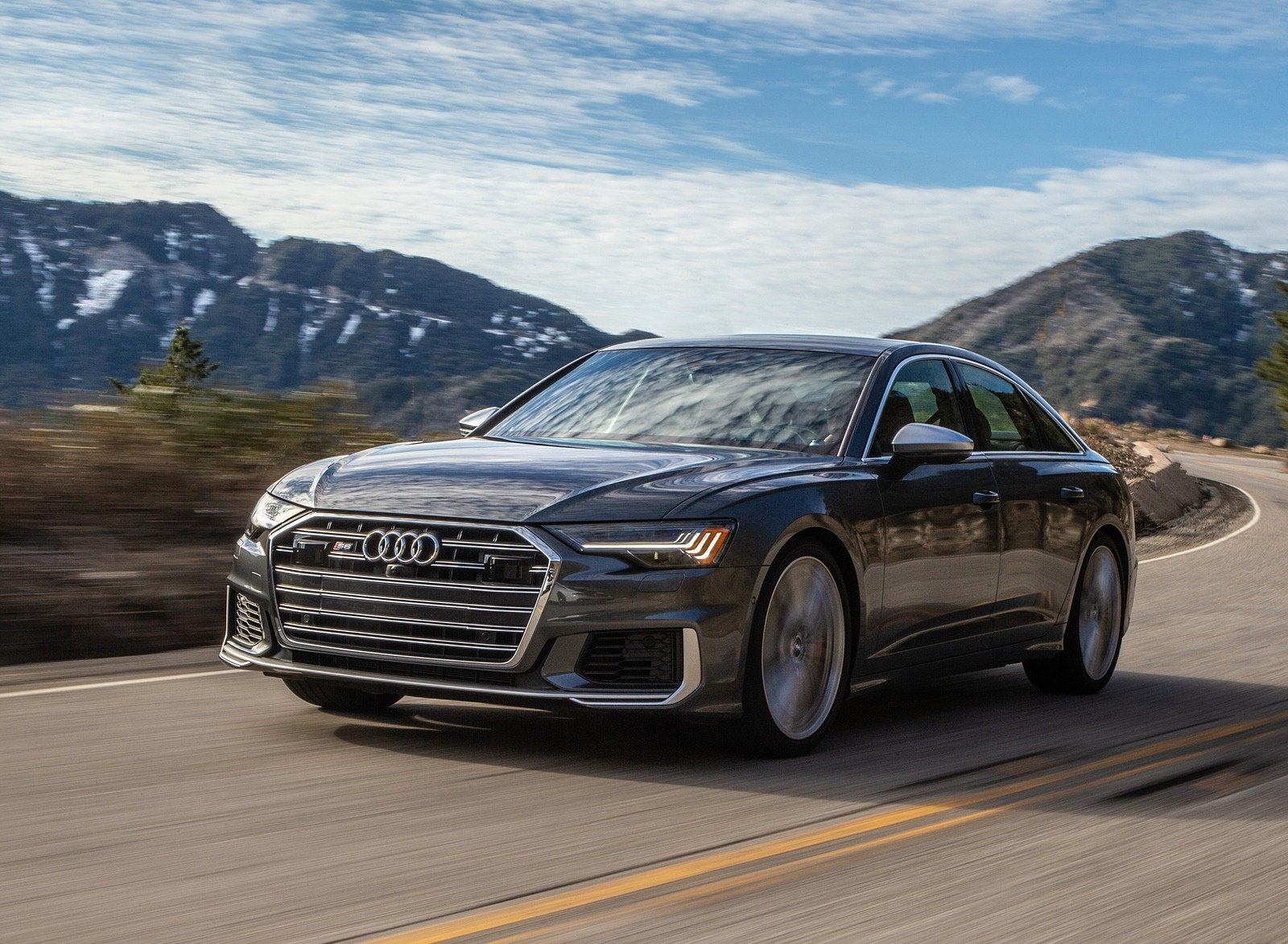 2020 Audi S6 (US-Spec) Front Three-Quarter Wallpapers (3)