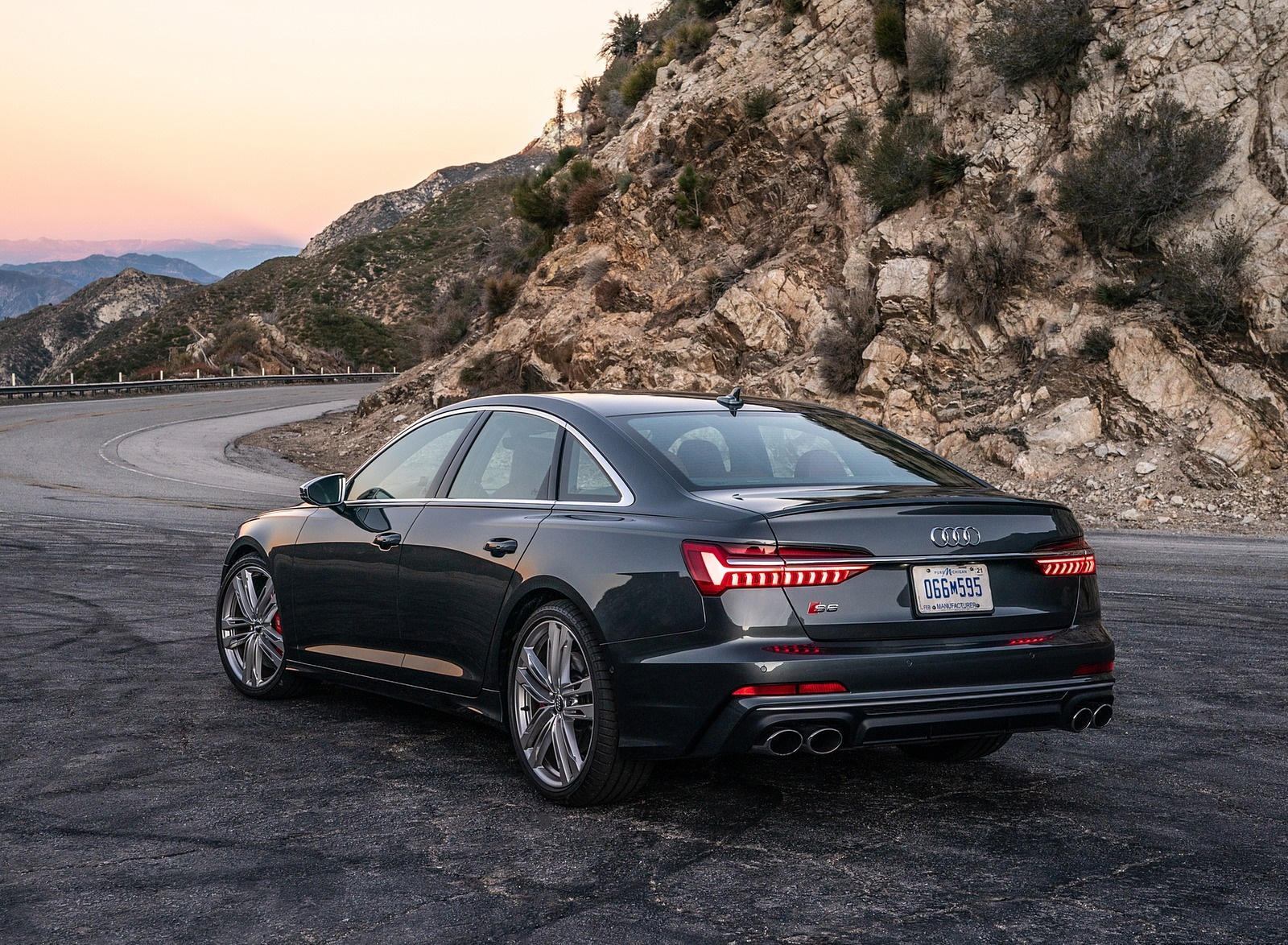 2020 Audi S6 (US-Spec) Rear Three-Quarter Wallpapers (10)