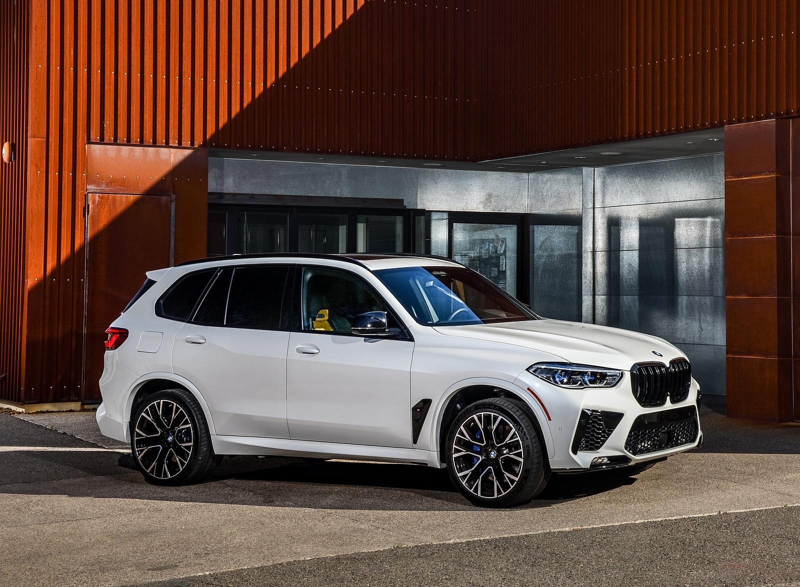 2020 BMW X5 M Competition Color Mineral White US Spec Front Three Quarter Wallpaper - Seberapa Mewah BMW Rp 1.7 Miliar Milik Jaksa Pinangki