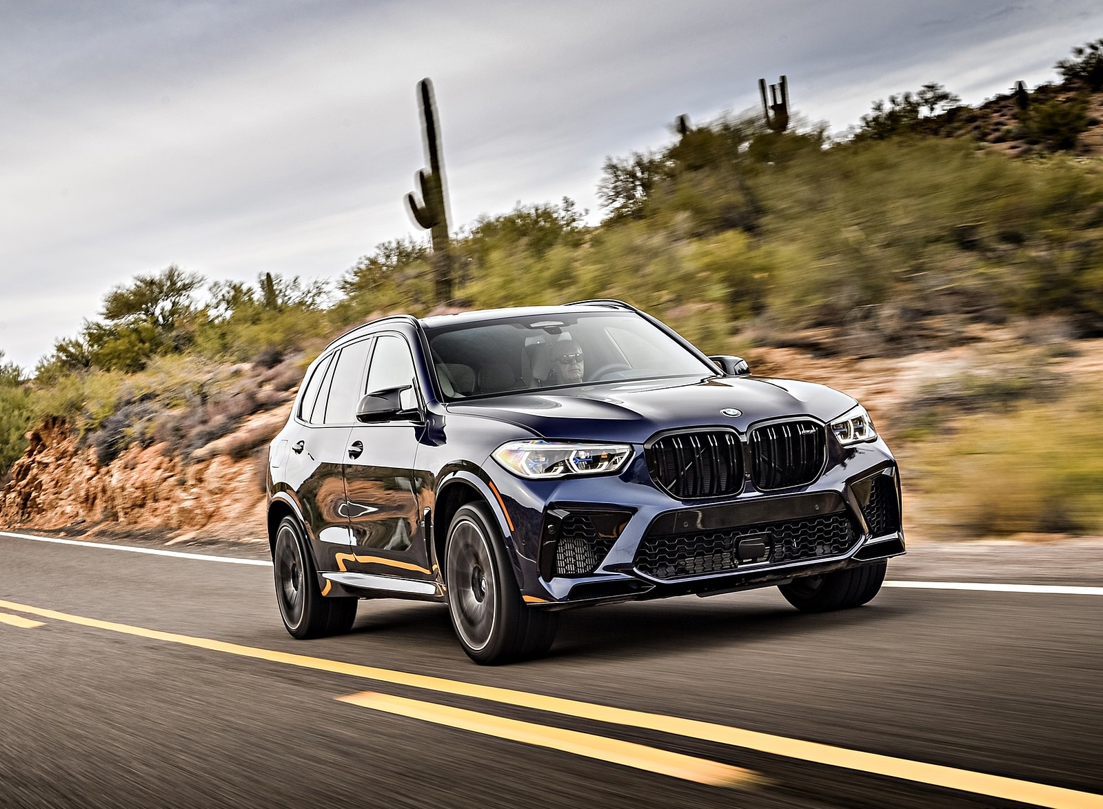 2020 BMW X5 M Competition (Color: Tanzanit Blue Metallic; US-Spec) Front Three-Quarter Wallpapers (2)