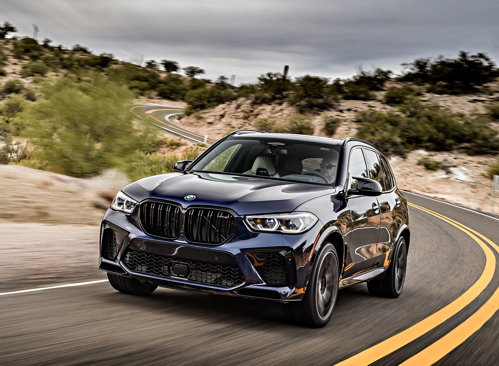 2020 BMW X5 M Competition (Color: Tanzanit Blue Metallic US-Spec) Front Wallpapers (3)