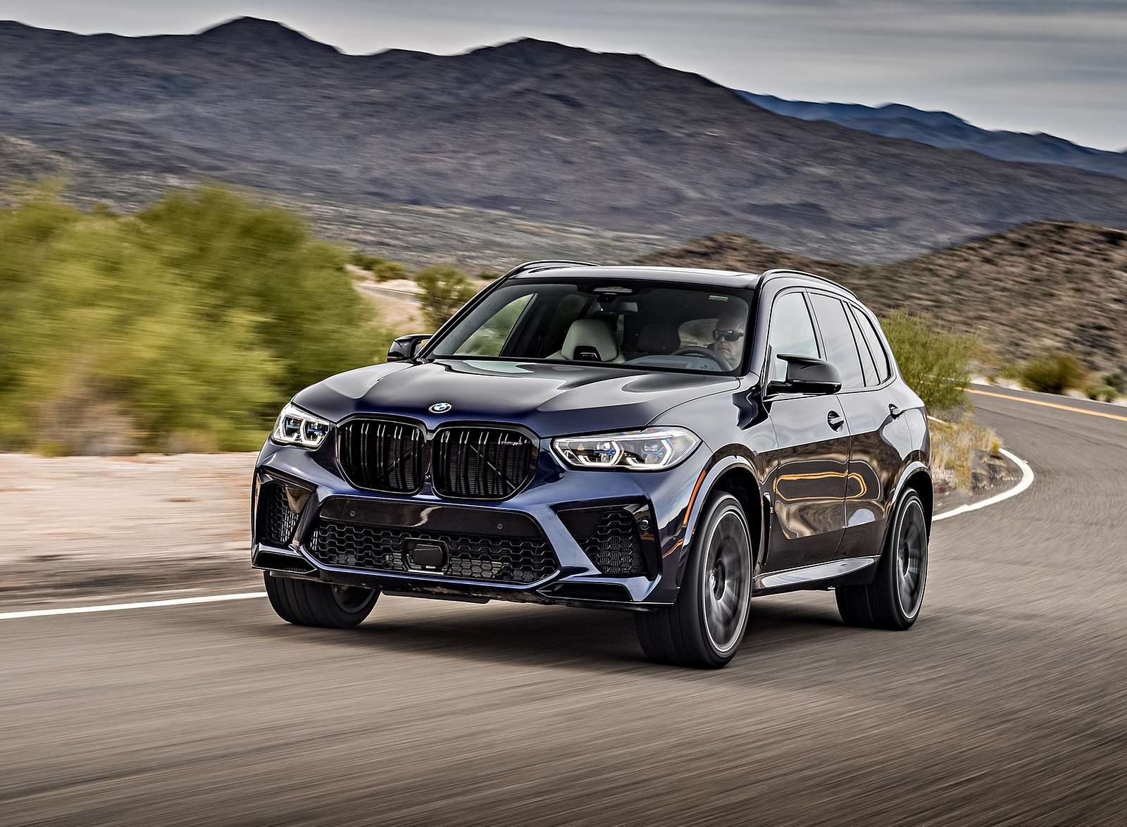 2020 BMW X5 M Competition (Color: Tanzanit Blue Metallic US-Spec) Front Wallpapers (1)