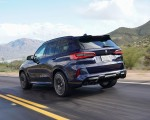 2020 BMW X5 M Competition (Color: Tanzanit Blue Metallic US-Spec) Rear Three-Quarter Wallpapers 150x120 (26)