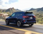 2020 BMW X5 M Competition (Color: Tanzanit Blue Metallic US-Spec) Rear Three-Quarter Wallpapers 150x120 (34)