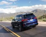 2020 BMW X5 M Competition (Color: Tanzanit Blue Metallic US-Spec) Rear Three-Quarter Wallpapers 150x120 (37)