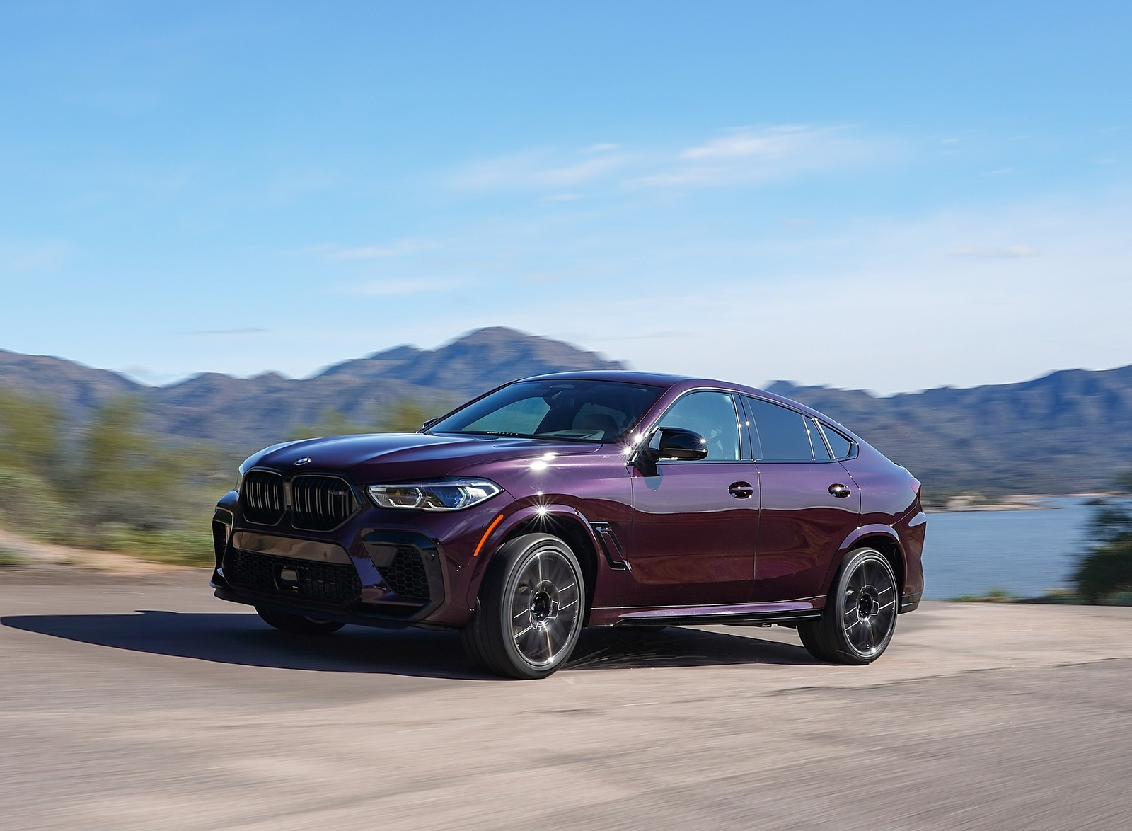 2020 BMW X6 M Competition (Color: Ametrine Metallic; US-Spec) Front Three-Quarter Wallpapers (6)