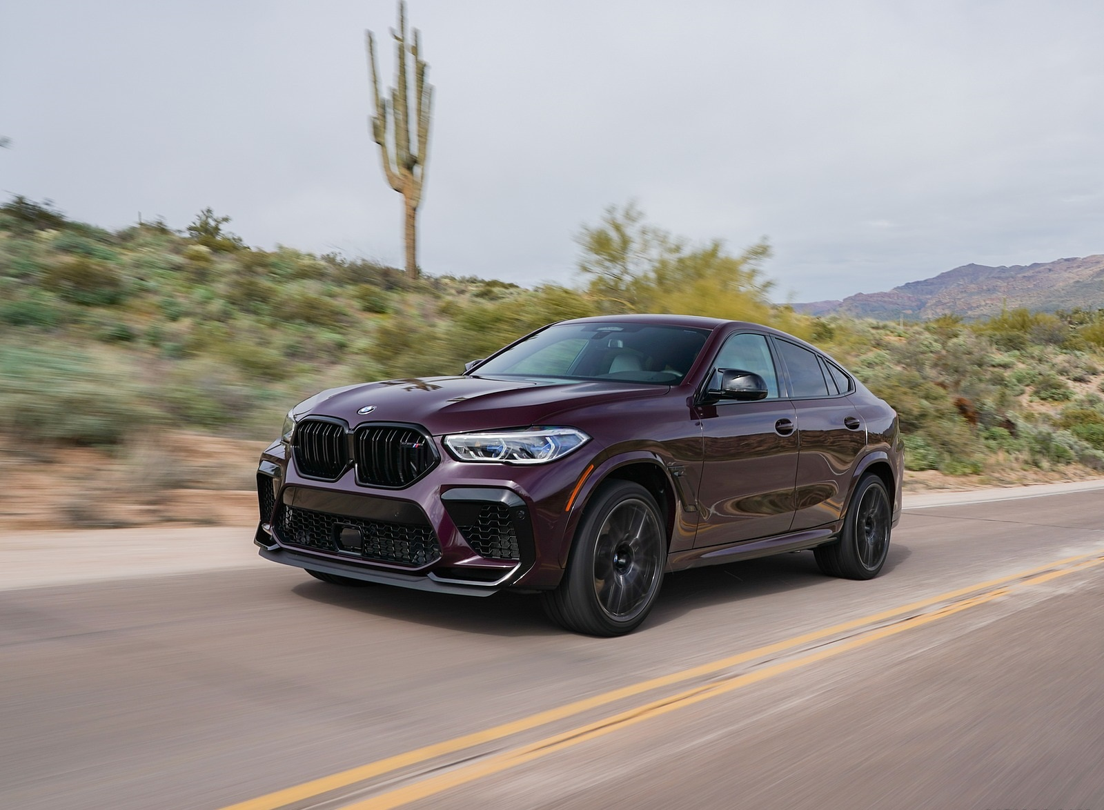 2020 BMW X6 M Competition (Color: Ametrine Metallic; US-Spec) Front Three-Quarter Wallpapers (9)
