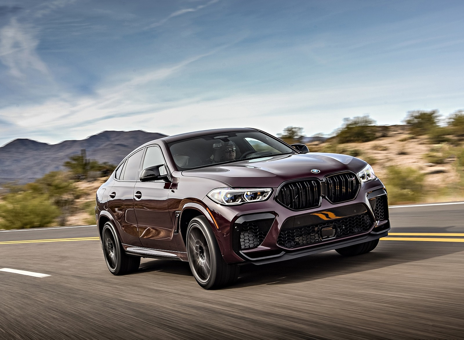 2020 BMW X6 M Competition (Color: Ametrine Metallic; US-Spec) Front Three-Quarter Wallpapers (1)