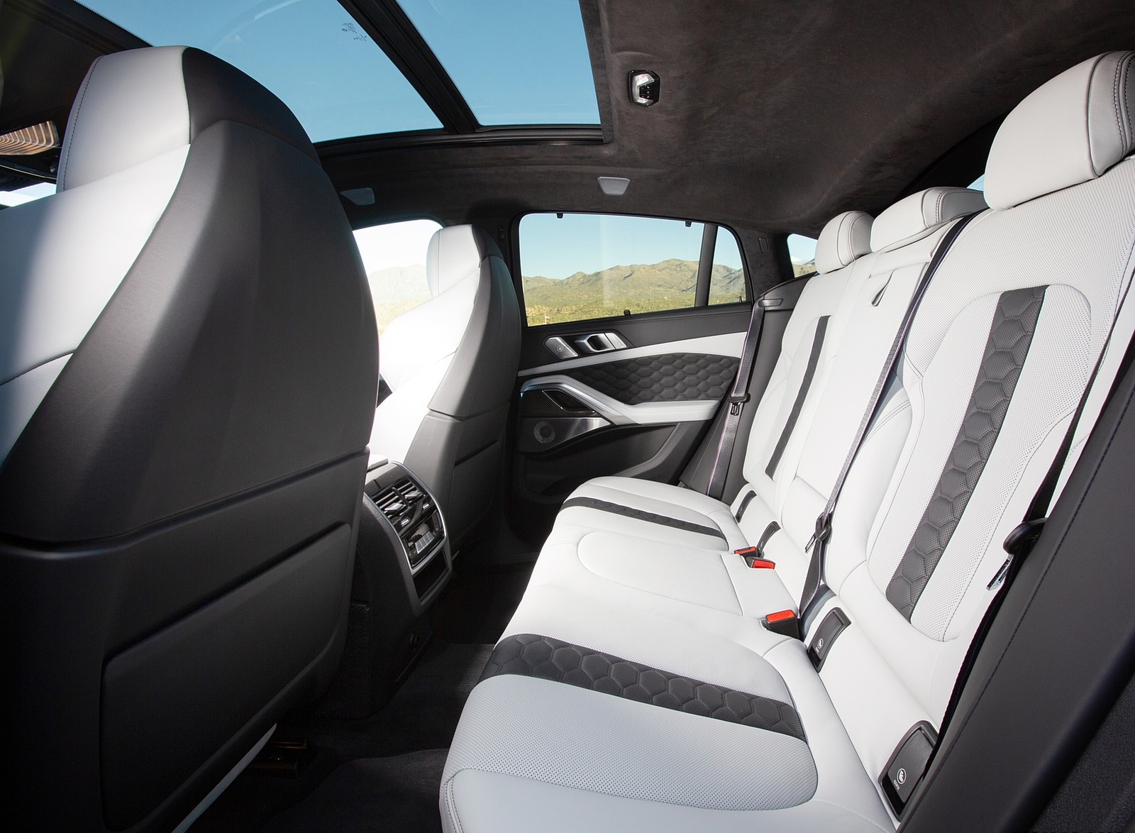 2020 Bmw X6 M Competition Color Ametrine Metallic Us Spec Interior Rear Seats Wallpapers 109 Newcarcars