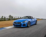 2020 BMW Z4 M40i Roadster (Color: Misano Blue Metallic) Front Three-Quarter Wallpapers 150x120 (3)