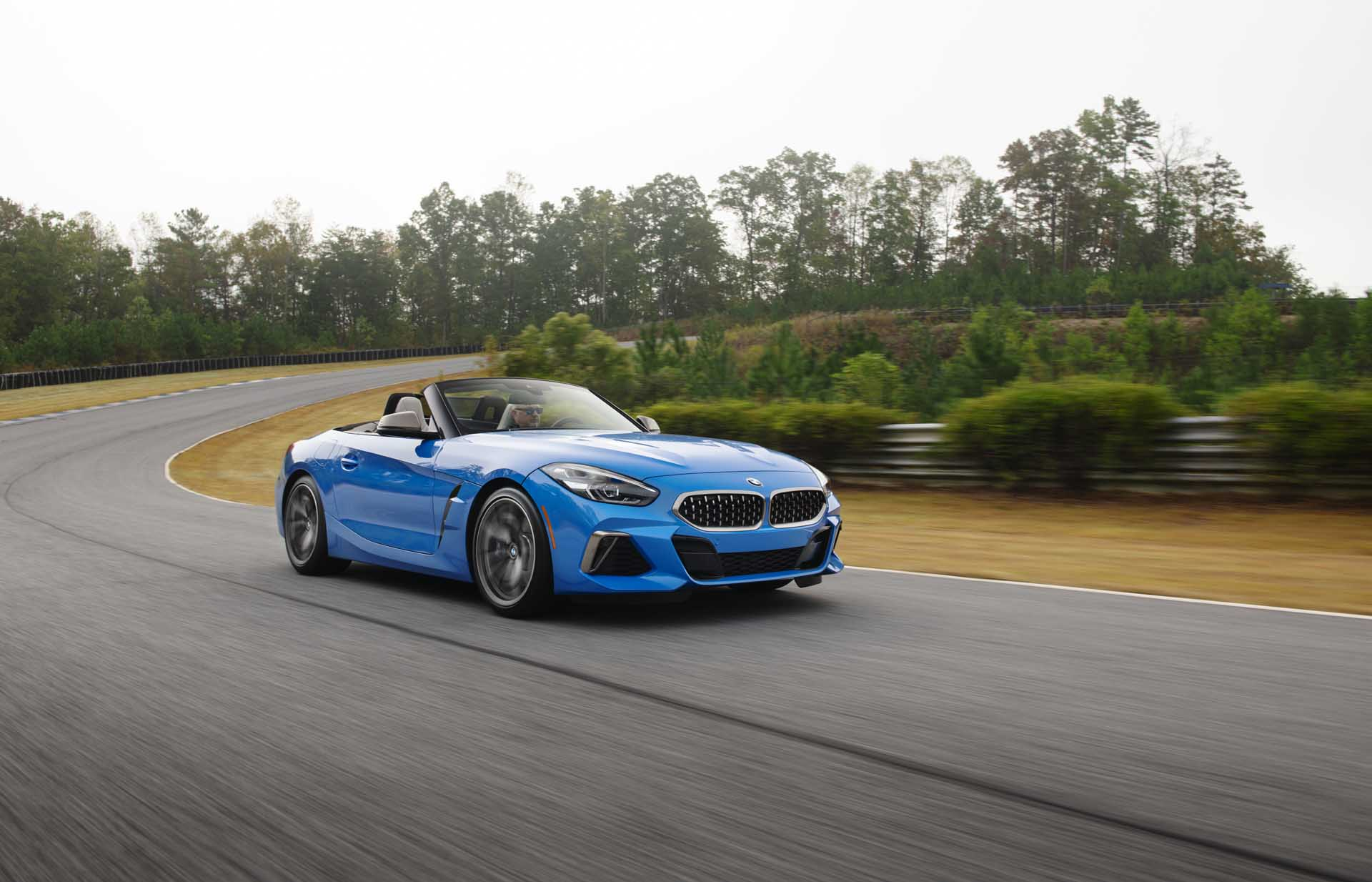 2020 BMW Z4 M40i Roadster (Color: Misano Blue Metallic) Front Three-Quarter Wallpapers (5)