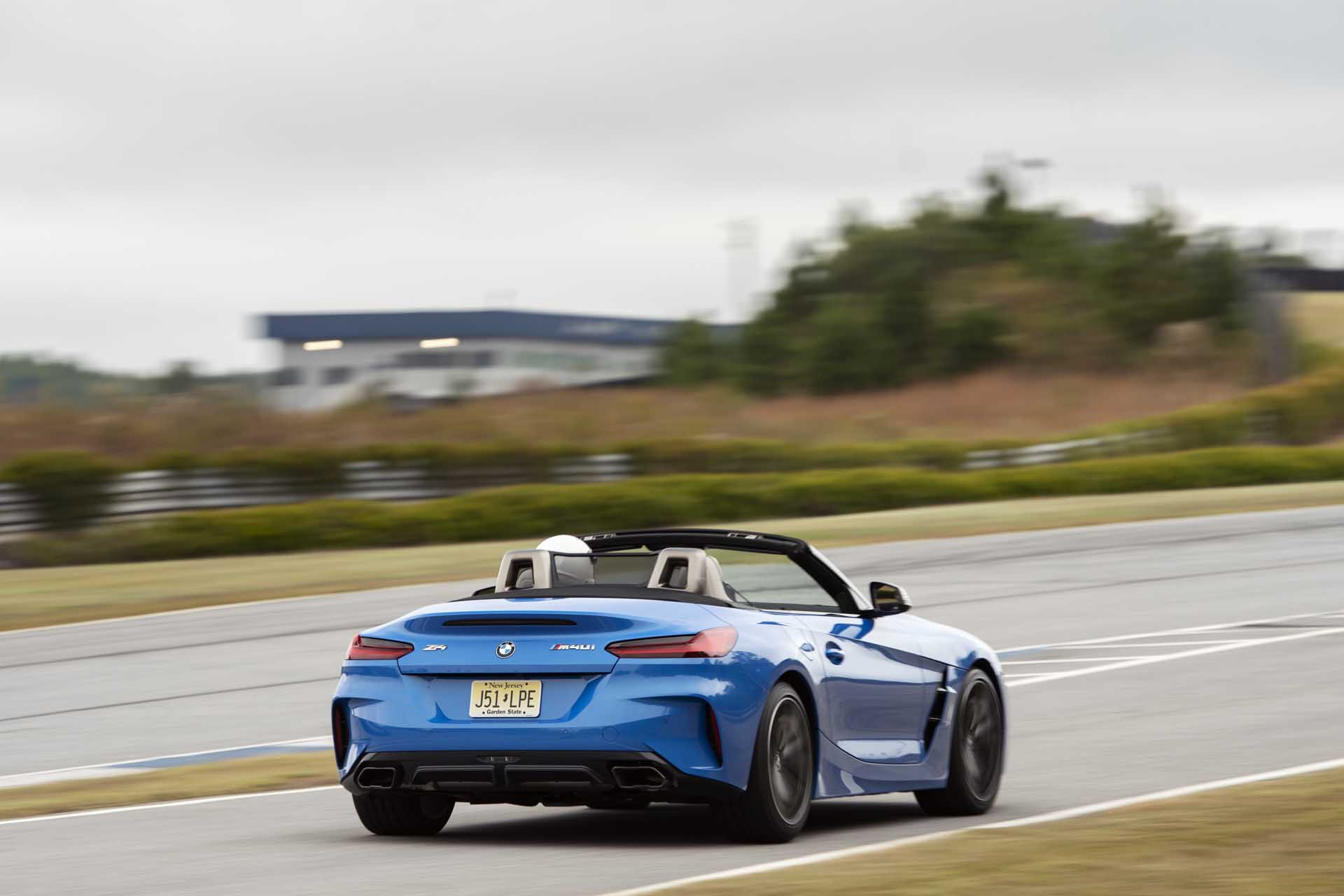 2020 BMW Z4 M40i Roadster (Color: Misano Blue Metallic) Rear Three-Quarter Wallpapers (10)