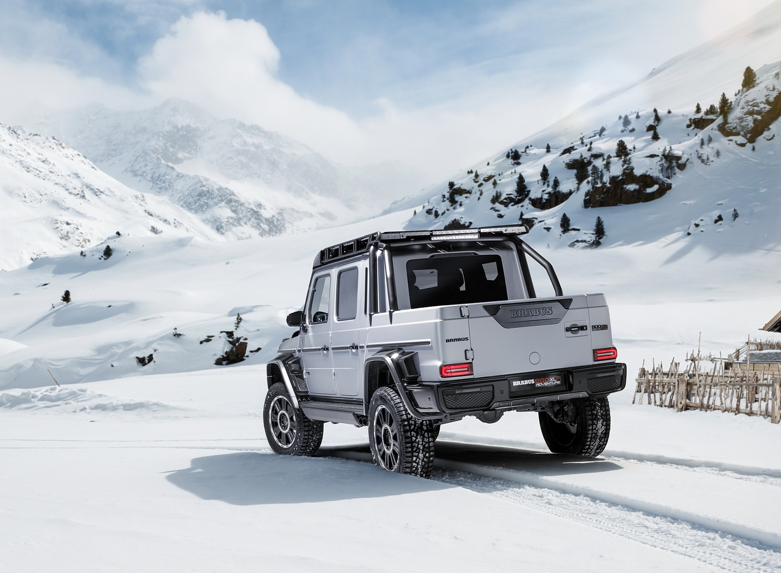 2020 BRABUS 800 Adventure XLP based on Mercedes-AMG G 63 Rear Three-Quarter Wallpapers (4)