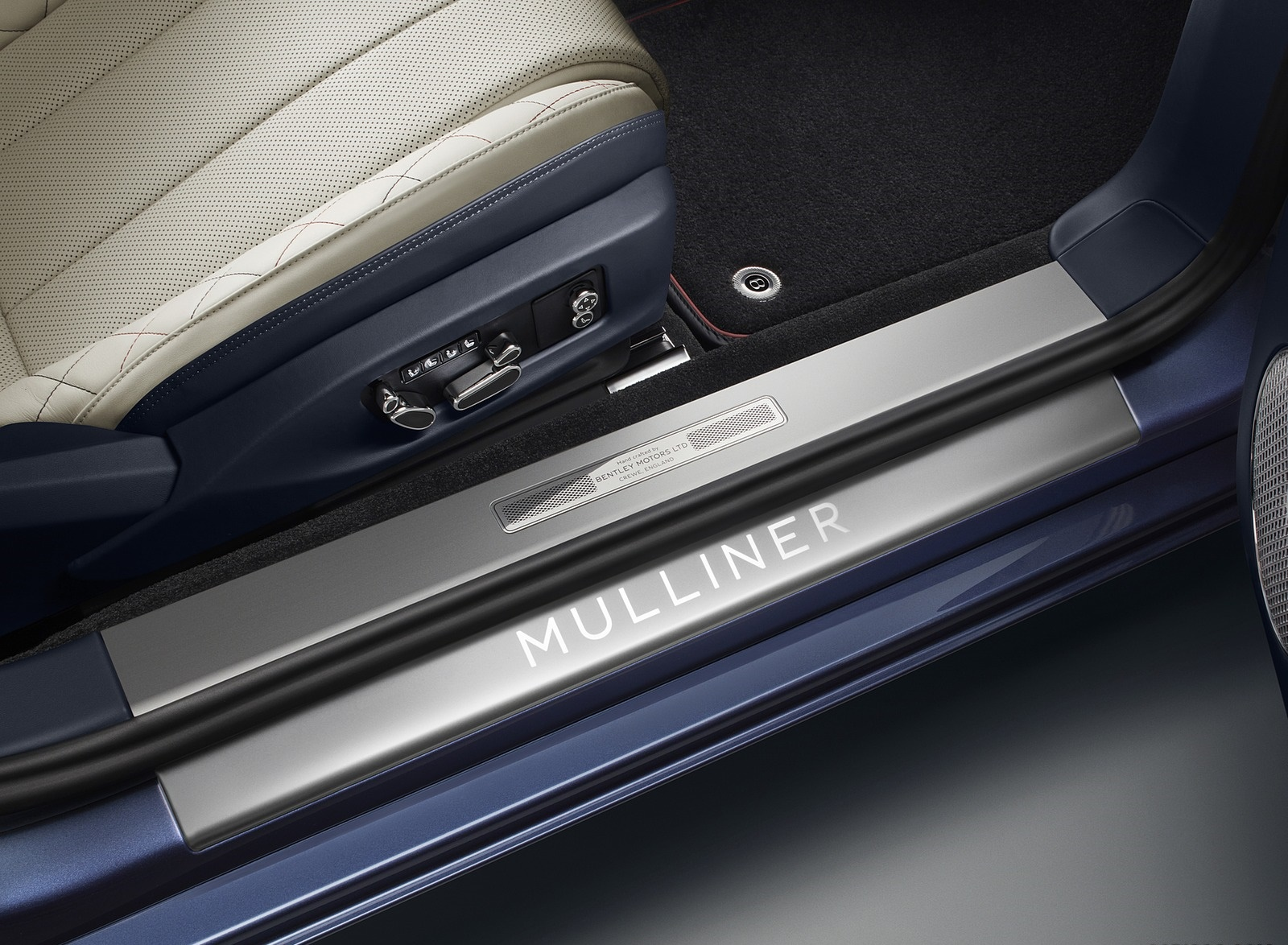 2020 Bentley Continental GT Mulliner Convertible Door Sill Wallpapers (5)