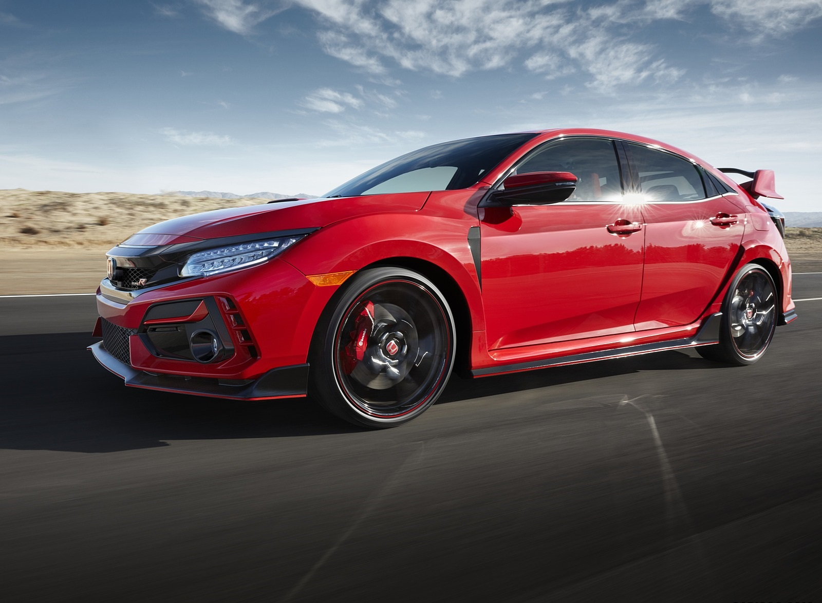 2020 Honda Civic Type R Front Three-Quarter Wallpapers (8)