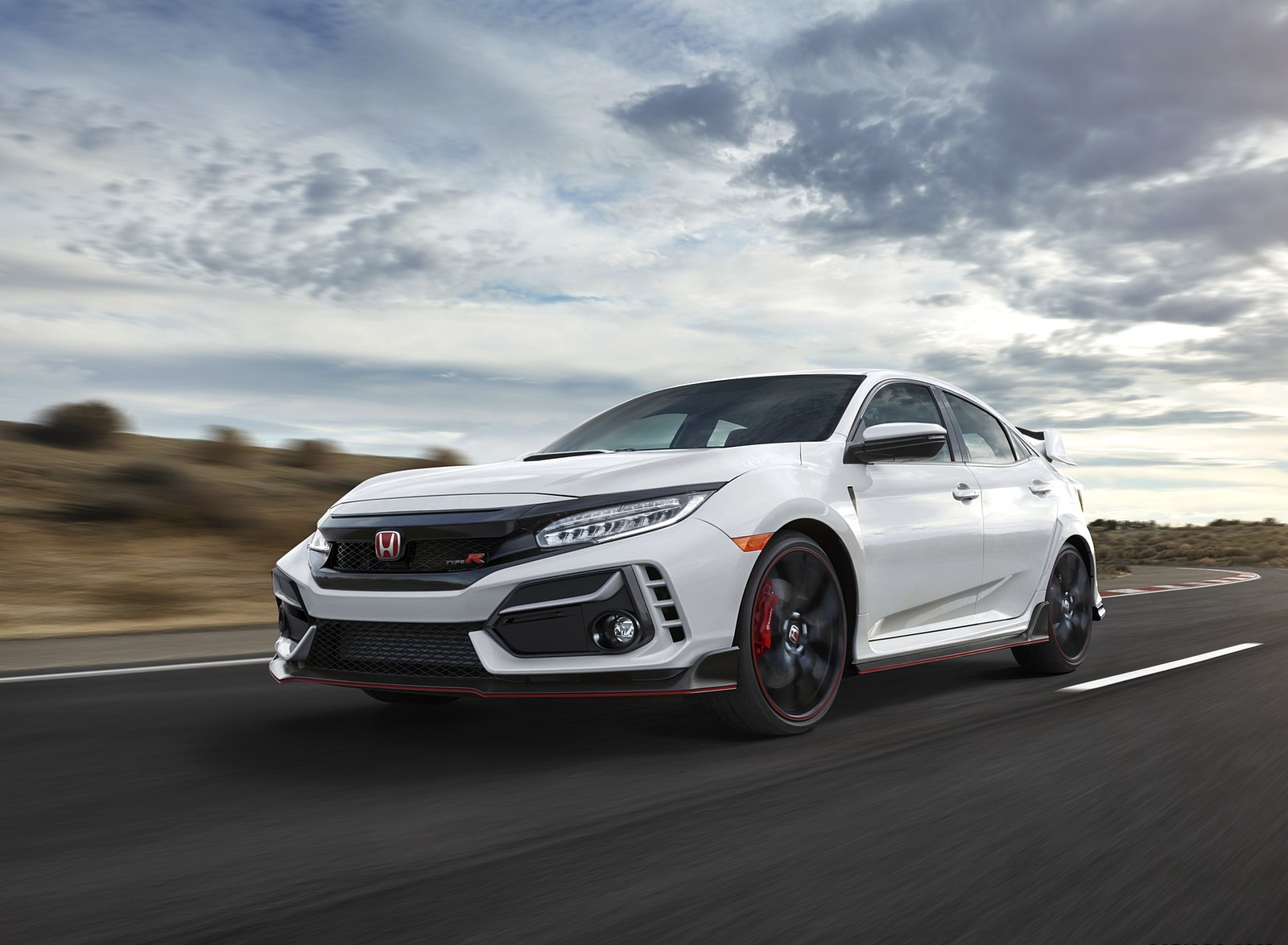 2020 Honda Civic Type R Front Three-Quarter Wallpapers (7)
