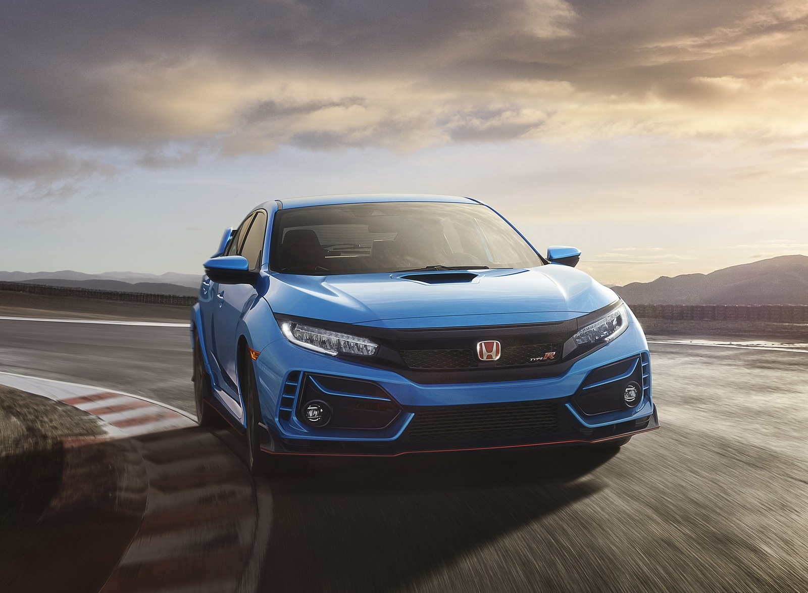 2020 Honda Civic Type R Front Wallpapers (1)
