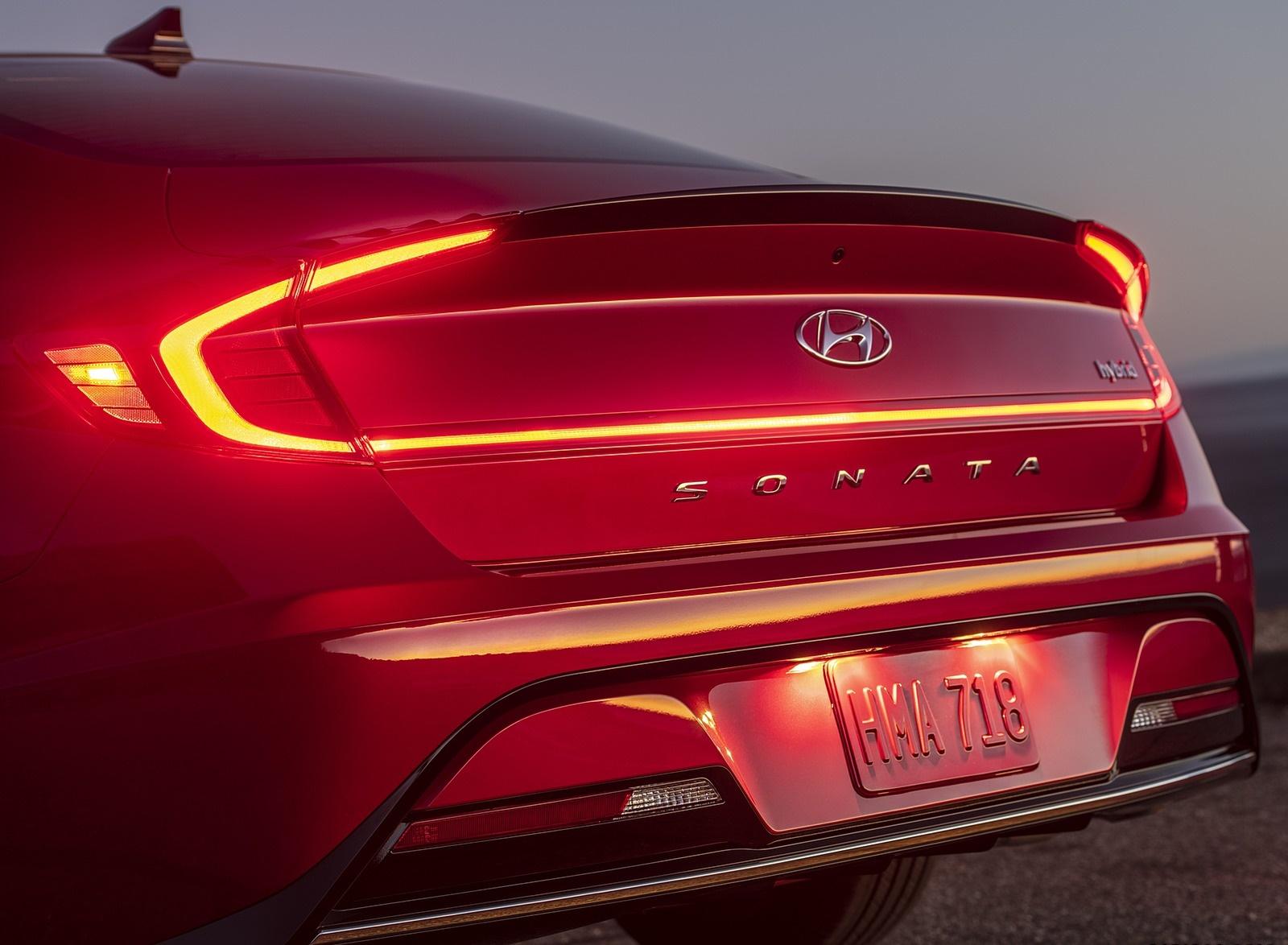 2020 Hyundai Sonata Hybrid Tail Light Wallpapers (9)