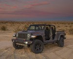 2020 Jeep Gladiator Mojave Front Three-Quarter Wallpapers 150x120 (43)