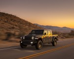 2020 Jeep Gladiator Mojave Front Three-Quarter Wallpapers 150x120 (3)