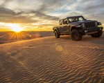2020 Jeep Gladiator Mojave Front Three-Quarter Wallpapers 150x120 (37)