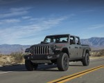 2020 Jeep Gladiator Mojave Front Three-Quarter Wallpapers 150x120 (9)