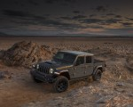 2020 Jeep Gladiator Mojave Front Three-Quarter Wallpapers 150x120 (40)