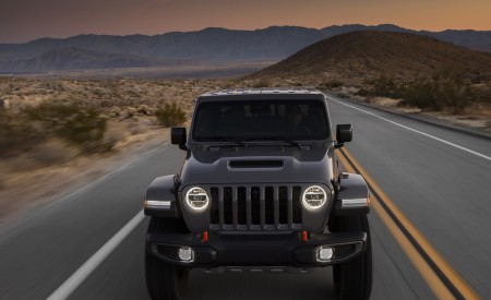 2020 Jeep Gladiator Mojave Front Wallpapers 450x275 (4)