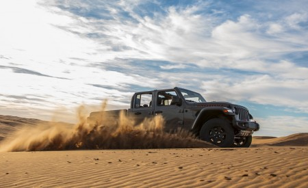 2020 Jeep Gladiator Mojave Off-Road Wallpapers 450x275 (19)