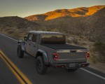 2020 Jeep Gladiator Mojave Rear Three-Quarter Wallpapers 150x120 (12)